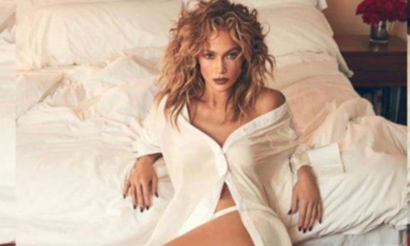 desnudo de Jennifer Lopez